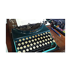 Manual Entry   typecasts and typewriter reviews