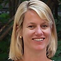 Dr Carolyn Frost