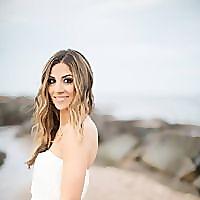 Lauren McBride - Maternity Style