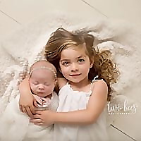 Two Bees Photography | Long Island Newborn Photographer