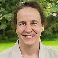 Lynn Carroll, Career Coach | Career Authentically Blog