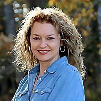 Stephanie Tourles