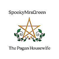 SpookyMrsGreen