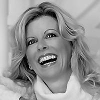 Helen Cummins | Luxury Lifestyle