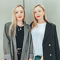 Dubai Desert Twins Blog