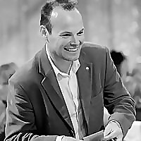 Dan Hudson Magician | UK Magician & Magician Entertainer