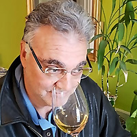In The Wine Cellar With Dave DeSimone