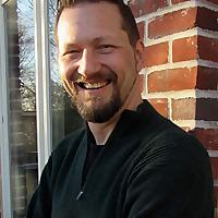 Dr. Robert T Muller