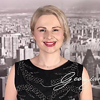 Speak English Podcast with Online English teacher Georgiana